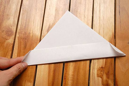 brod od papira