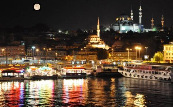 Docek-Nove-godine-u-Istanbulu