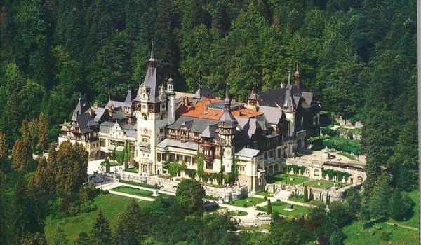 Dvorac-Peles-1