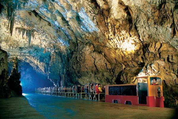 Postojnska jama u Sloveniji - Turizam