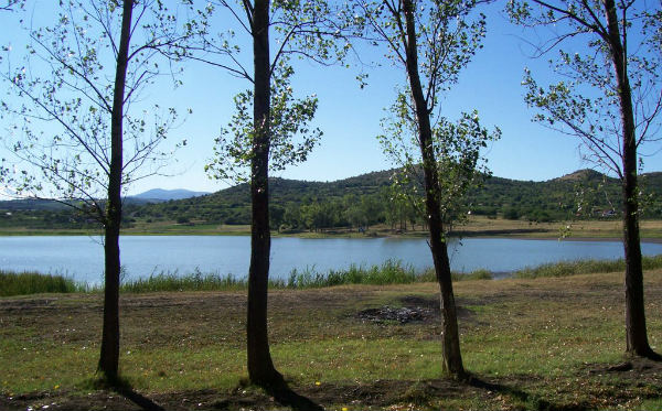 Oblačinsko jezero, Niš, turističe atrakcije