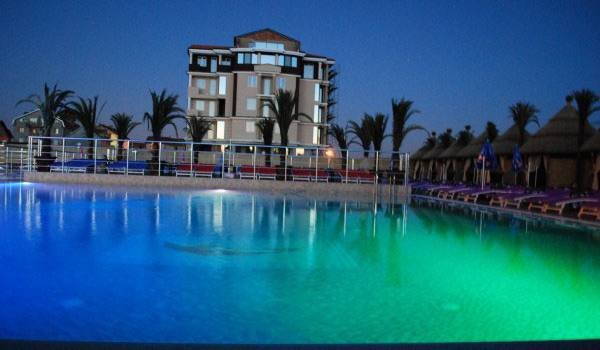 Kengur resort Beograd bazeni