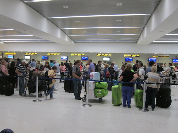Club_America_Miami_Airport05
