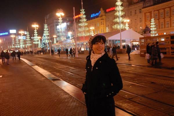 Doček Nove godine na Trgu bana Josipa Jelačića