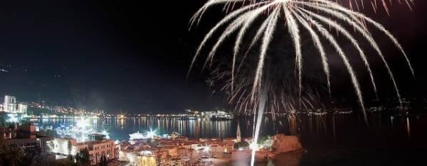 Docek Nove godine u Budvi