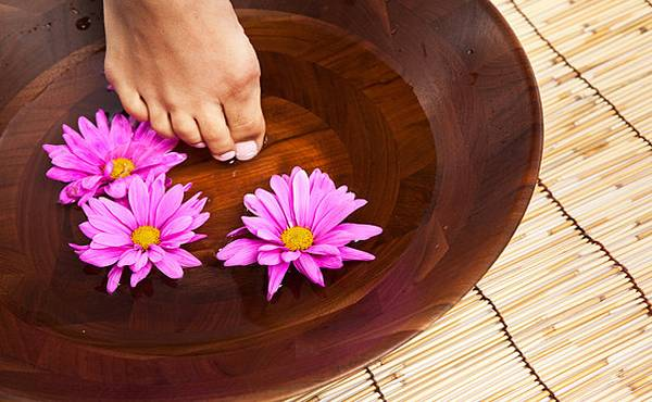 Kako negovati stopala