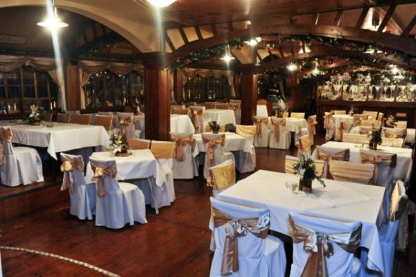 Koliko košta doček Nove Godine u restoranu?