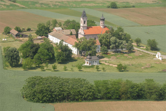 manastir fenek kako stici