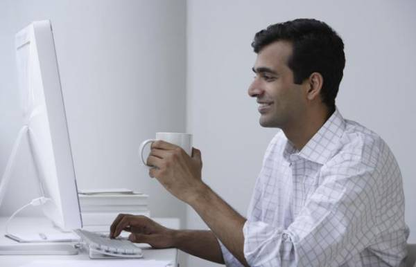 Da bi ste pristupili e-bankingu morate imati pristup internetu, tekući račun i e-mail adresu