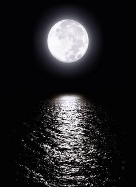 voda na mesecu