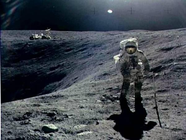 zivot na mesecu