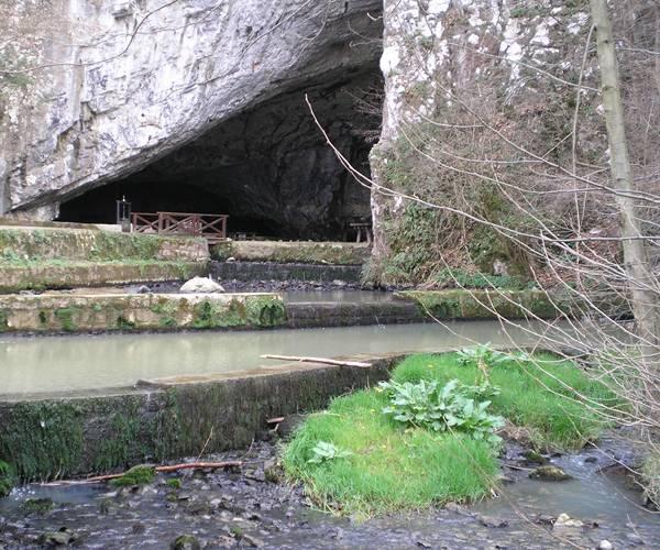 Petnička pećina