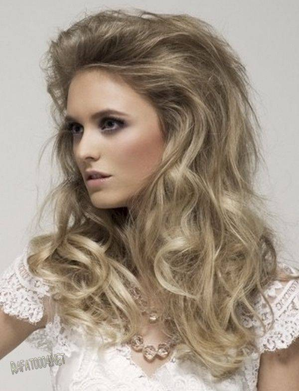 frizura mlade puštena duga kosa