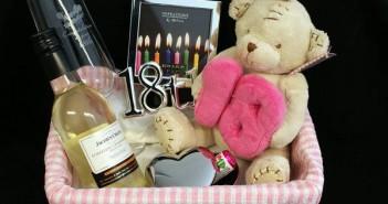 18 rođendan ideje Ideje za poklon za 18. rođendan | Saznaj Lako 18 rođendan ideje