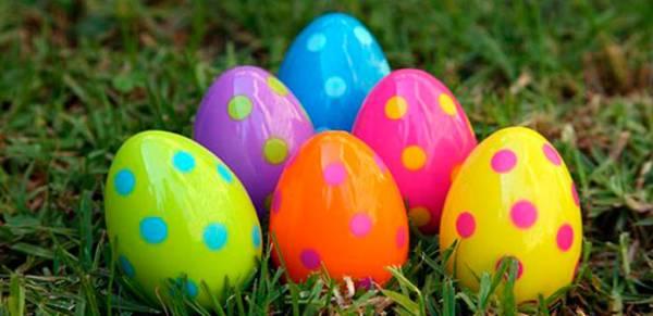Farbanje jaja akrilnim bojama
