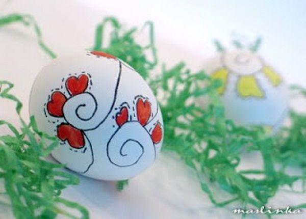 Farbanje jaja vostanim bojama