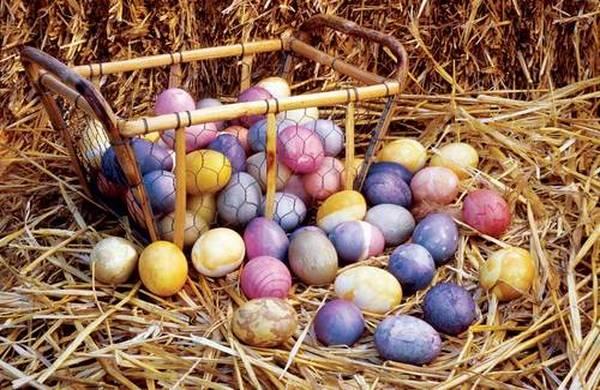 Farbanje uskrsnjih jaja