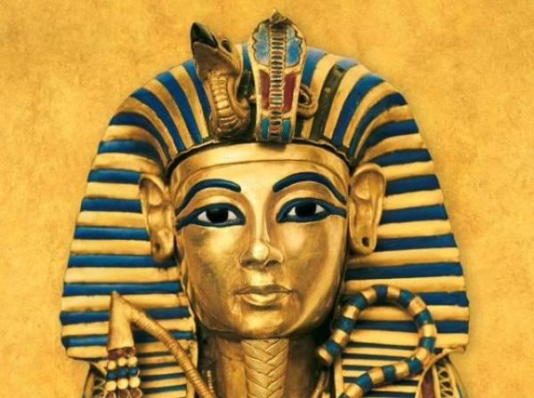 I egipatski faraoni su tetovirali obrve.