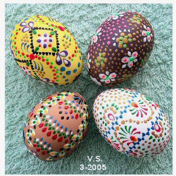 ukrasavanje jaja akrilnom bojom