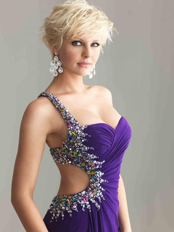 Maturske haljine sa golim ledjima su nešto hrabriji izbor