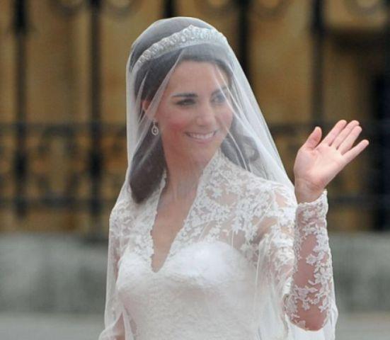 Kejt Midlton je za svoju svadbu odabrala veo koji joj je pokrivao celo lice