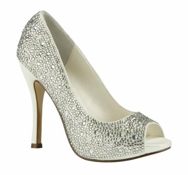 srebrne cipele za svadbu