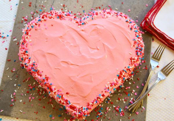 jagoda srce torta