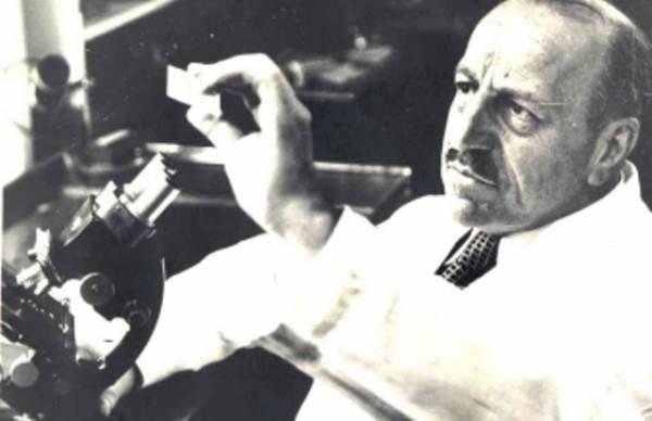 Doktor Jorgos Papanikolau, koji je i izmislio PAPA test i spasio živote mnogih žena širom sveta
