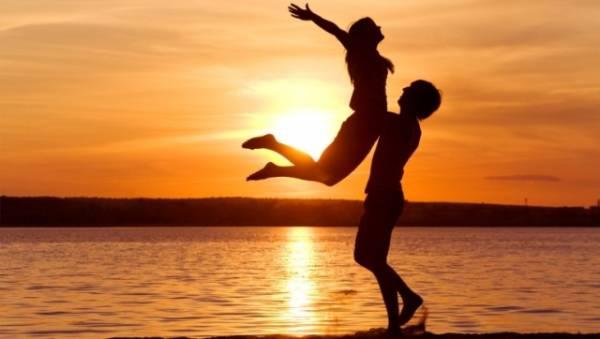 Dobru i stabilnu ljubavnu vezu, bik će ostvariti sa jarcem, ali i sa ribom.