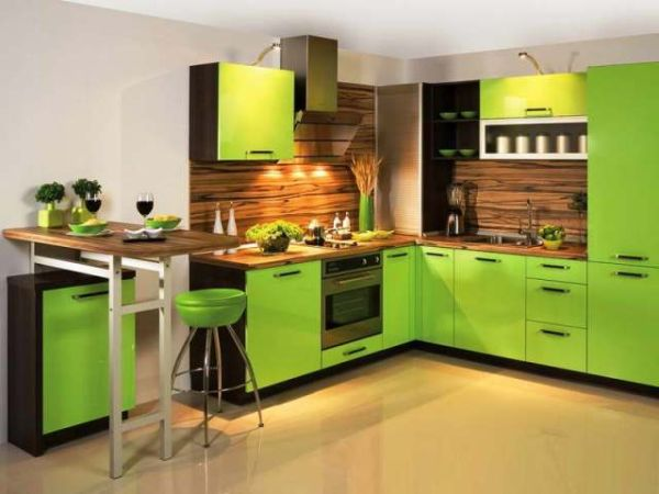 green and yellow kitchen tirkizna i zelena boja u stanu ili kući saznaj lako 3964