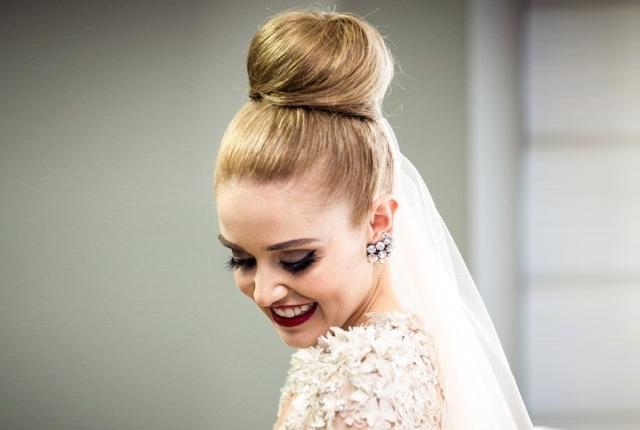 I visoke punđe možete nositi na svom venčanju.
