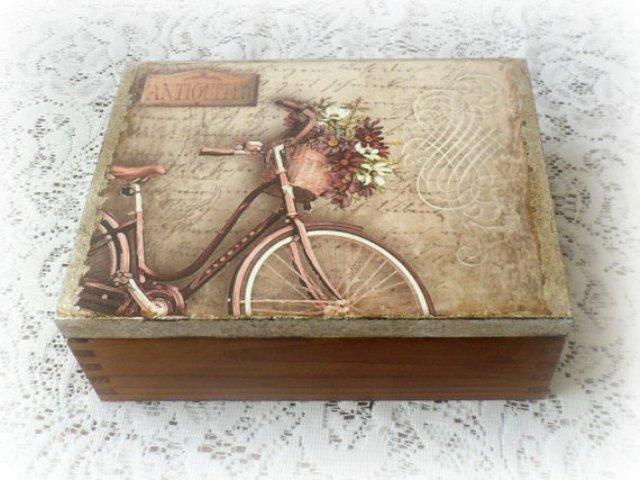 drvena kutija za poklone dekupaž 3