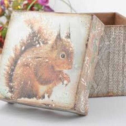 drvena kutija za poklone dekupaž 5